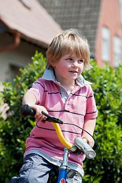 Laufrad mit Bremse - wann ist die Handbremse sinnvoll?